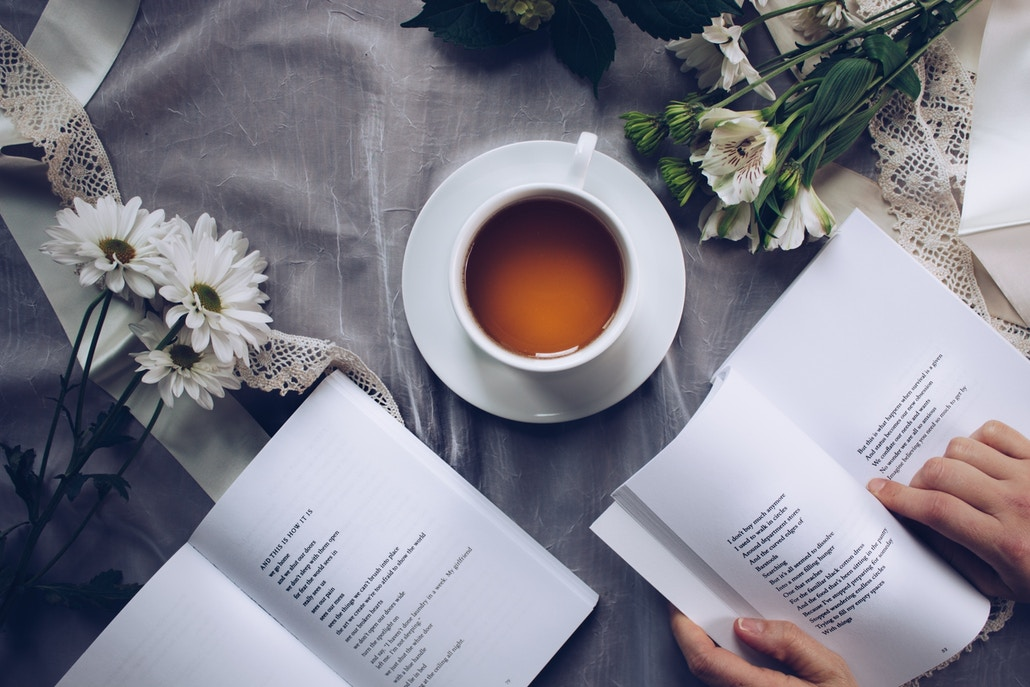 Self-help books that are written by psychiatrists, psychologists, or other mental health professionals generally have effective problem-solving strategies.