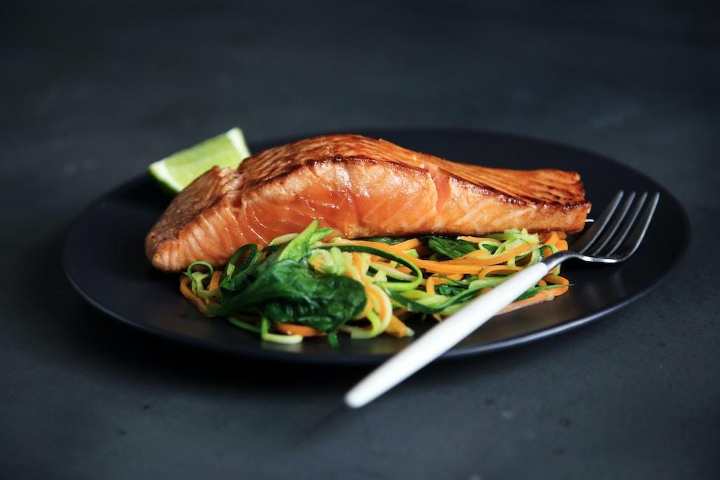 Salmon, tuna and mackerel contain high amounts of vitamin D